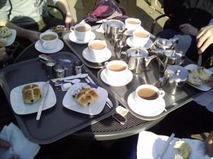 Tea and hot cross buns at Pembroke Lodge