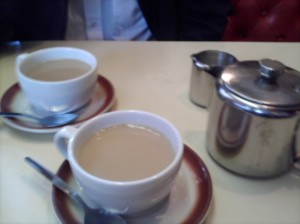 Tea at Munchees
